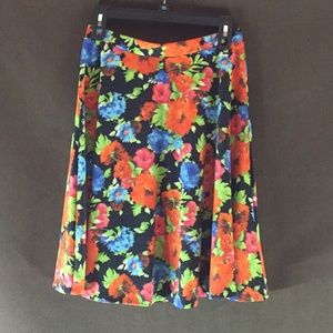 PAINTED THREADS SKIRT SIZE M